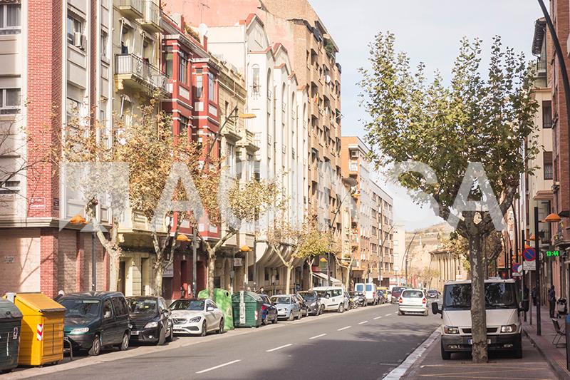 Local en bruto Calle Ateneo Riojano